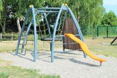 kinderspielplatz-gemeinde-zierow.jpg